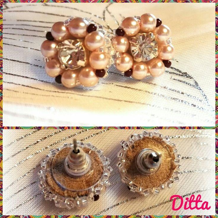 Simple rose - beaded earrings
