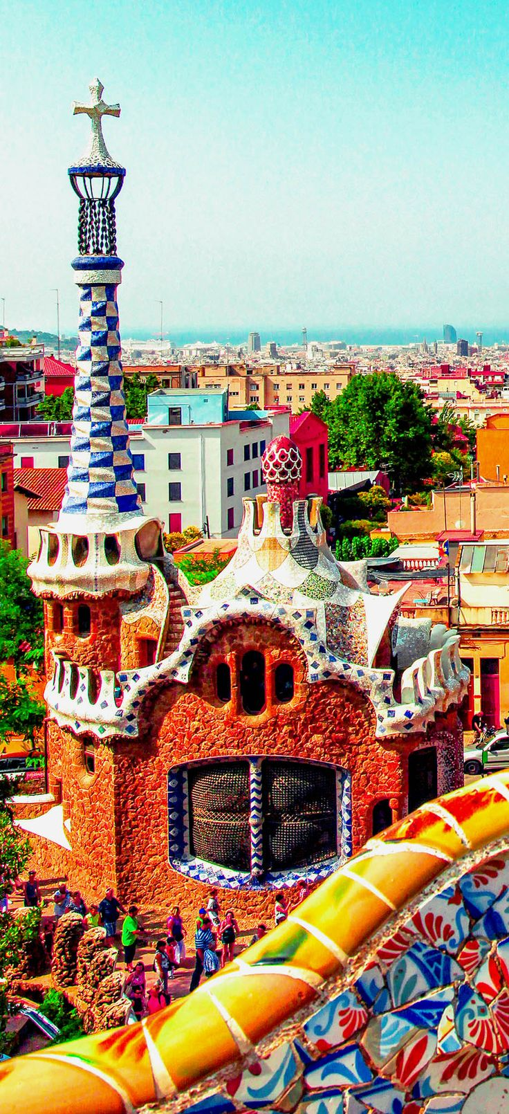 WE LOVE THE BRIGHT COLOURS OF BARCELONA! If you love arts, culture, tapas, the beach, food markets and more then Barcelona is a must see city for you. To book a your trip to Barcelona check out www.solisoltravel.com for all our offers on accommodations, activities, transfers and more!