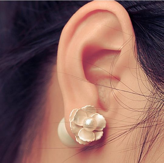 2016 Korean Accessories Grind Arenaceous Ball Three-Dimensional Flower Pearl Stud Earrings For Girls Fashion  ED038