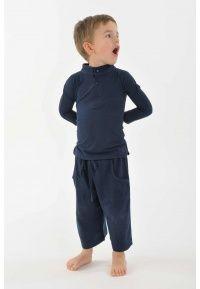 T shirt polo coton bio col mao manches longues enfant KID1115. . Un T-shirt polo à manches longues 100% coton doux pour la peau et pour son environnement, ce vêtement bio & équitable ravira les KidZ ! Modèle mixte