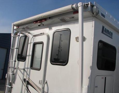 6259A - 2008 Lance 1181 TRUCK CAMPER  GREAT STARTER CAMPER FOR A LG BED http://www.toscanorvonline.com/2008-lance-1181-truck-camper-4-long-bed-used-truck-camper-ca-i1471019   contact jessdominguez@sbcglobal.net 877-512-0796