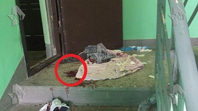 Опубликованы страшные кадры с места преступления, где мужчина расстрелял свою жену и дочь http://kleinburd.ru/news/opublikovany-strashnye-kadry-s-mesta-prestupleniya-gde-muzhchina-rasstrelyal-svoyu-zhenu-i-doch/
