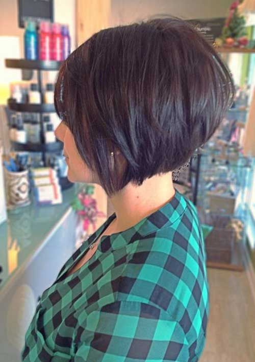 6.Hairstyle for Short Layered Hair