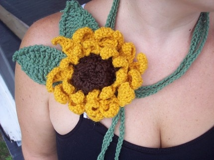 Плетени бижута | Art and Blog: Sunflowers Crochet, Crochet Scarflett, Necklaces Scarfs, Sunflowers Necklaces, Crochet Sunflowers, Crochet Scarves, Crochet Accessories, Crochet 100, Crochet Scarfs