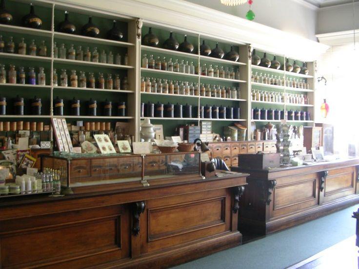 Niagara Apothecary Museum interior
