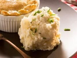 """Sour Cream Mashed Potatoes (Movie Night) - Tiffani Thiessen, """"Dinner at Tiffani's"""" on the Cooking Channel."""