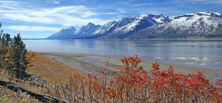 Un tour nei parchi nazionali del nord ovest degli Stati Uniti: Yellowstone, Grand Teton, Mount Rushmore, Salt Lake City... in auto o moto on the road.