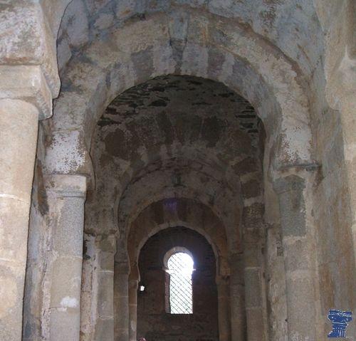 La iglesia de Santa Lucía del Trampal, del siglo VII o del siglo VIII, situada en el municipio de Alcuéscar, es un ejemplo singular de arquitectura visigoda. sta lucia trampal 2.jpg