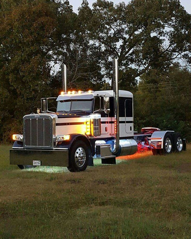 Peterbilt 389EXHD 3 Axle Stock - We rent used trailers in any condition. Contact USTrailer and let us repair your trailer. Click to http://USTrailer.com or Call 816-795-8484