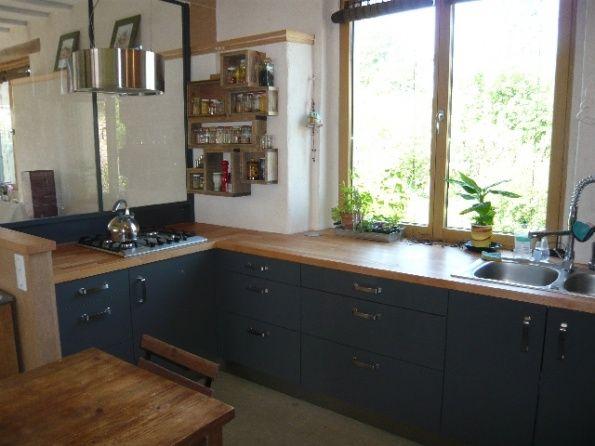 cuisine noir mat ikea jolie cuisine blanche et bleu etagere murale ikea en bois clair with. Black Bedroom Furniture Sets. Home Design Ideas