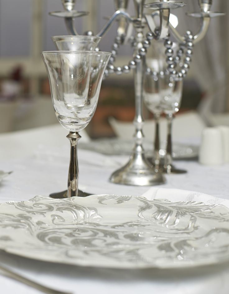 Silver Leaf Plate and Silver Stem Glasses.