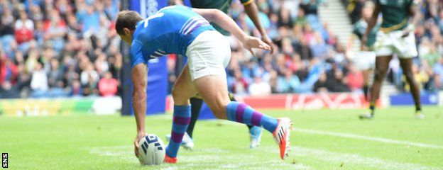 Glasgow 2014: Scotland lose to South Africa in rugby sevens - http://rugbycollege.co.uk/scotland-rugby/glasgow-2014-scotland-lose-to-south-africa-in-rugby-sevens/