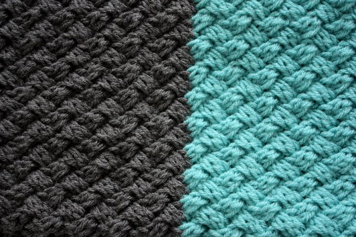 CABLE COLOR BLOCK SCARF | I mean it when I say I knitted cables like a crazy person!