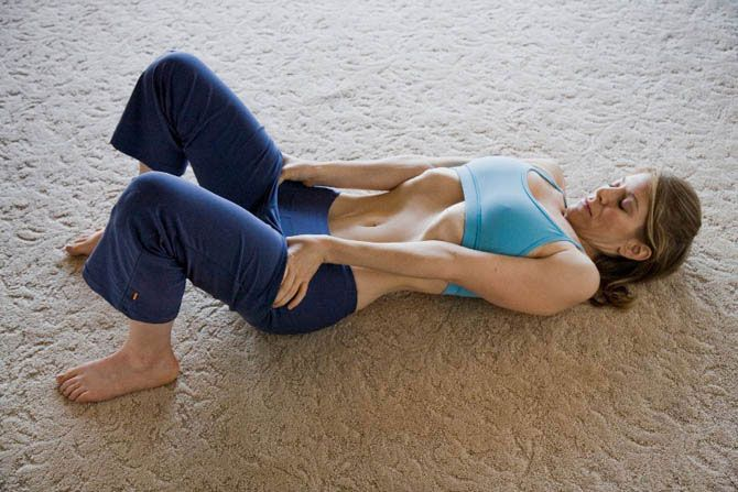 «Вакуум в животе» - лучшее упражнение для сжигания жира на животе