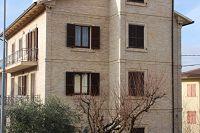 https://www.facebook.com/Amanti-dei-materiali-nobili-da-costruzione-121133091242995/timeline/