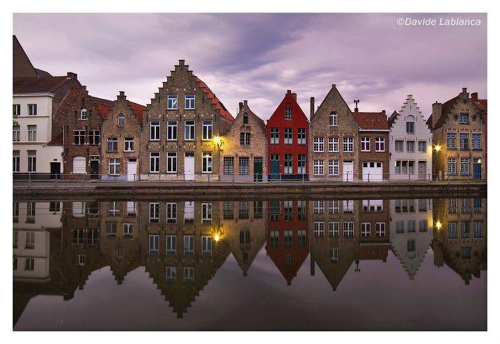 Bruges  facebook page: https://www.facebook.com/FotografoNettuno