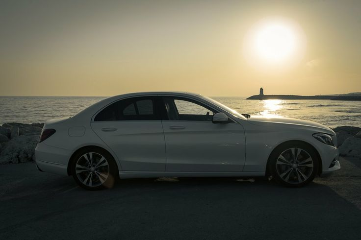 Now we have the first #MBFanPhoto from the #MercedesBenz C-Class - this Photo is from Jan Gleitsmann. [C-Class (as available at sales launch) | Fuel consumption (combined): 5.3-4.0 l/100km | CO2 emission (combined): 123-103 g/km |http://mb4.me/EfficiencyStatement]