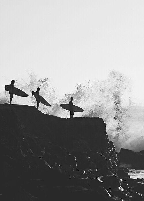 surfs up | #black + #white