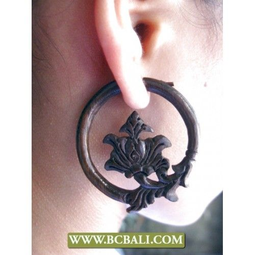 Pierced Wooden Earring Natural Carved - woman accessories wooden earring carving from bali indonesia, handmade pierced woods earring natural, wholesaler wooden pierced eared fashion, indonesia manufacture wooden ear carved from bali