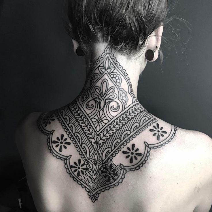 30 Lovely Nape Tattoos For Girls: Best 25+ Nape Tattoo Ideas On Pinterest