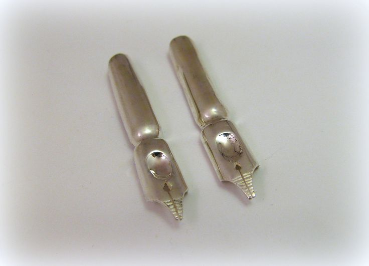 Silver Nib earrings, Pen-nib earrings, Pen earrings, Graphologist gift by MinicsigaJewellery on Etsy