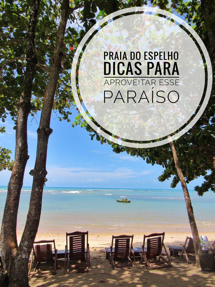 Se você quer um destino pé na areia, romântico e com muita tranquilidade, a Praia do Espelho é a escolha certa. Essa praia é paradisíaca, com coqueiros, piscinas naturais e falésias, ela entrou para a lista das praias mais bonitas do Brasil. Tudo nesse lugar é um convite ao relaxamento e ao romantismo. Nós gostamos tanto, que decidimos fazer um post contando algumas dicas que irão fazer seus dias nesse paraíso serem ainda melhores.