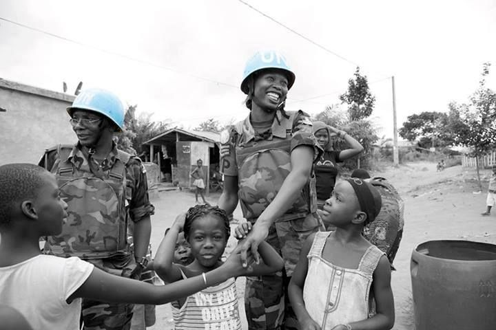Female peacekeepers act as role models in the local environment, inspiring women and girls in often male-dominated societies to push for their own rights and for participation in peace processes.   Photo: ONUCI/Patricia Esteve