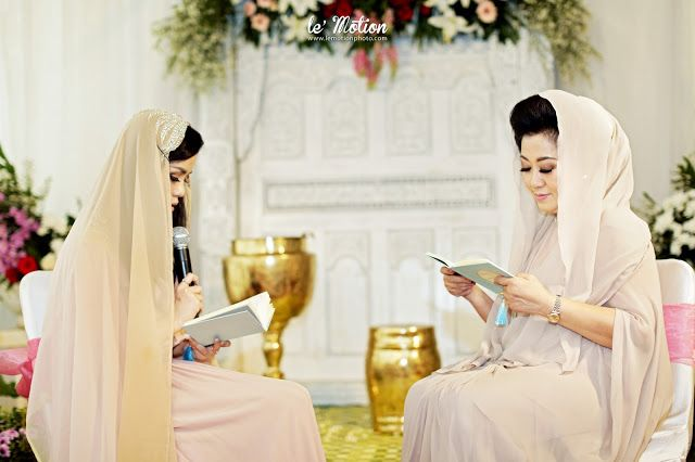 Le Motion Photo: Stephanie & Gilang Wedding (Akad & Resepsi adat Jawa)