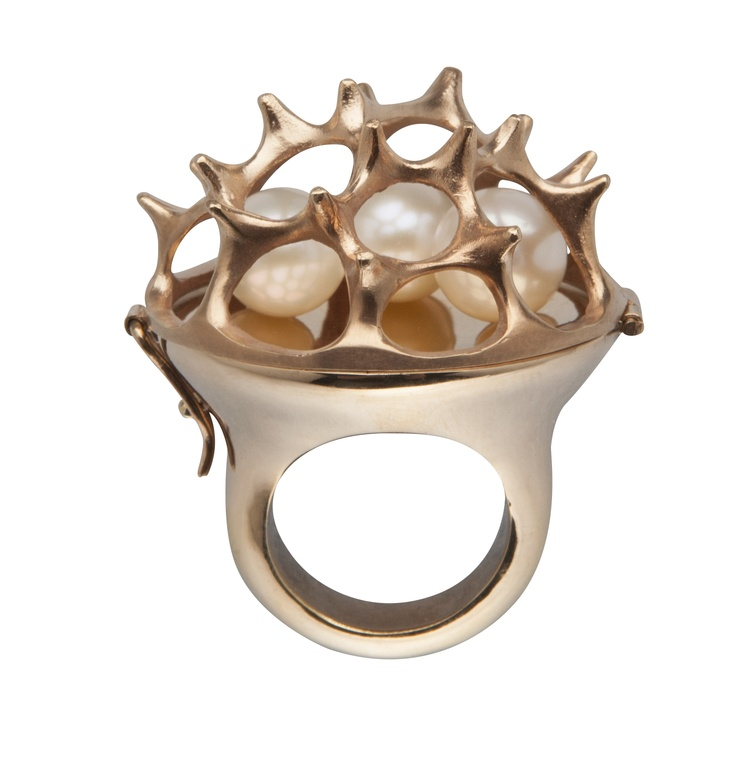 SEA URCHIN PEARL OPENING RING / 24-karat rose gold-plated brass, fresh-water pearl
