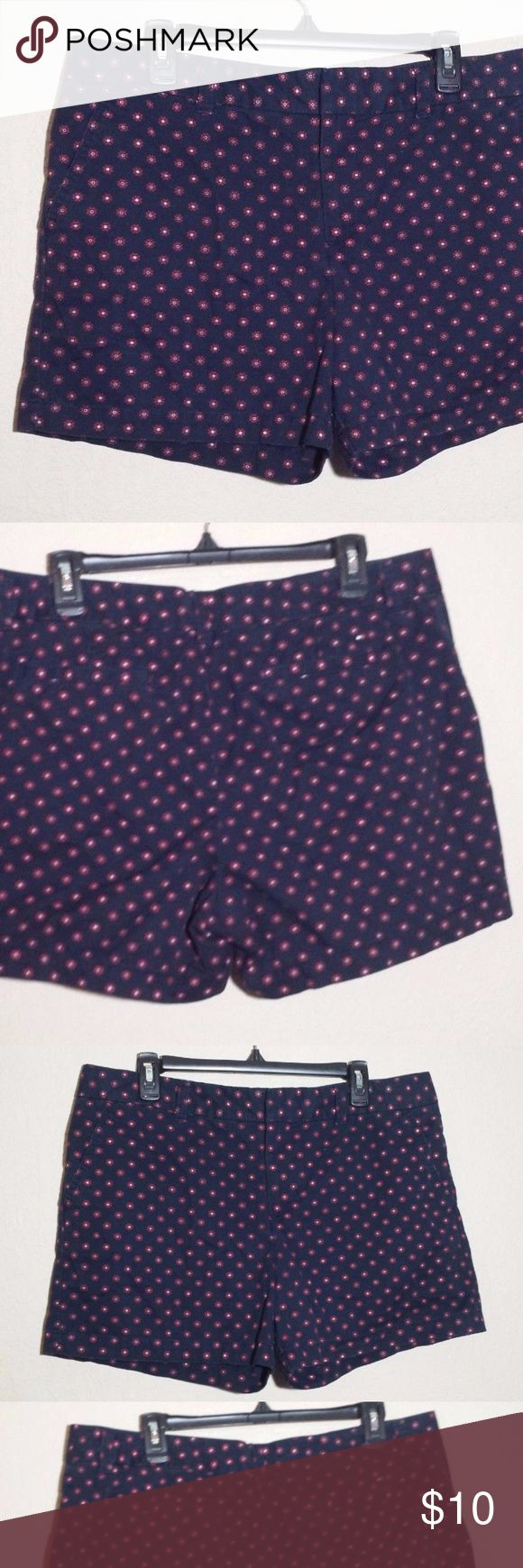 """Tommy Hilfiger Navy Blue & Red Polka Dot Shorts You are buy a Tommy Hilfiger Women's Navy Blue & Red Polka Dot Shorts  Size: 14  Waist: 18""""  Rise: 10 1/2""""  Hip width: 22""""  Hem width: 13""""  Excellent condition with no stains, rips or damage. Tommy Hilfiger Shorts"""