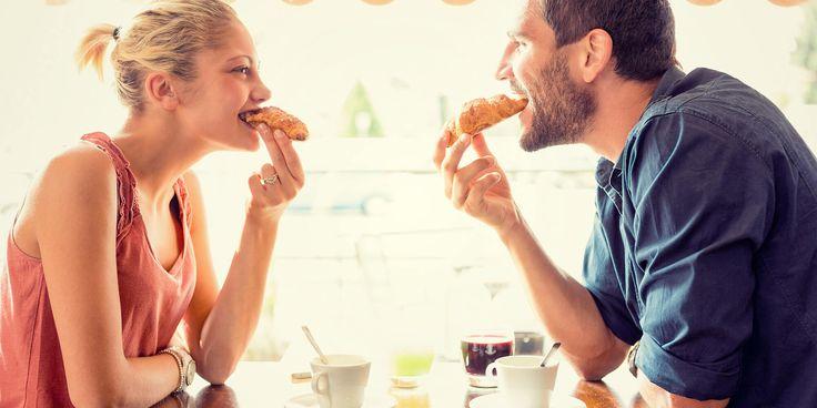 Menyantap Makanan Manis Bisa Tingkatkan Suasana Romantis Saat Kencan Pertama http://www.perutgendut.com/read/menyantap-makanan-manis-bisa-tingkatkan-suasana-romantis-saat-kencan-pertama/2835 #Food #Kuliner #Indonesia