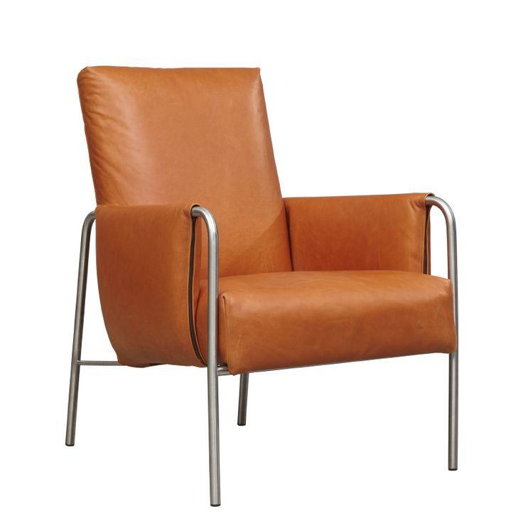 ANNE fauteuil, in leer of stof in verschillende kleuren met RVS onderstel. In stof vanaf: € 662,- In leer vanaf: € 860.