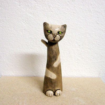 Letos je bilo res mačje leto . Sem postala kar prava mačja mama, toliko mačkonov in mačksem spravila na svet :) Takšnih v skoraj naravni...