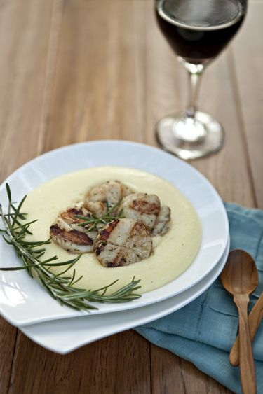 Rosemary Grilled Scallops and Creamy Gruyère Polenta