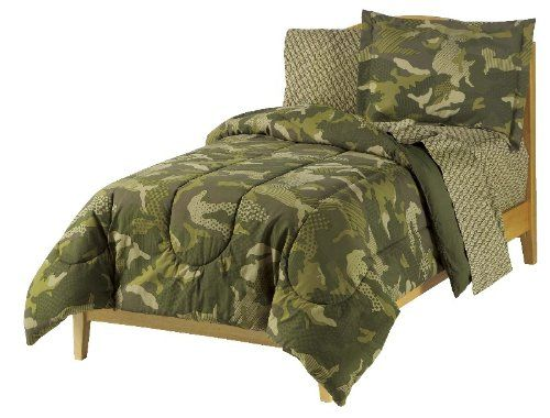 Get some ideas for decorating that teenagers room ...Military #Camouflage Bedroom Decor for #teen #boys