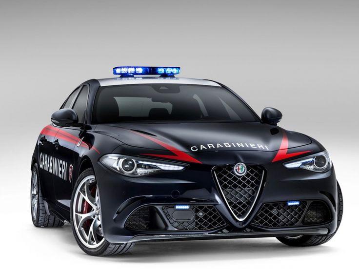 Die Carabinieri bekommen mit der Alfa Romeo Giulia QV rassigen Zuwachs.