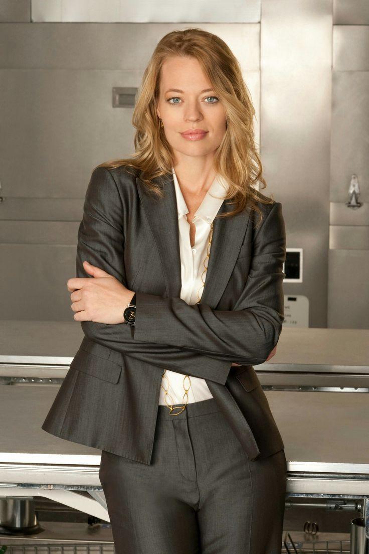 Jeri Ryan aka Kate Murphy (Body of Proof)