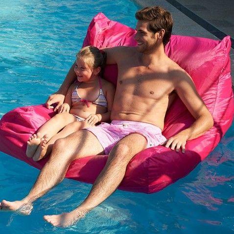 Housse fauteuil flottant Pool-Poof #bouée #bouées #flottante #gonflable #piscine #fun #desjoyaux #laboutiquedesjoyaux #détente #pool #float #summer #été #pools
