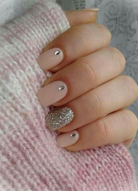 Cute nails https://www.facebook.com/shorthaircutstyles/posts/1758992751057831