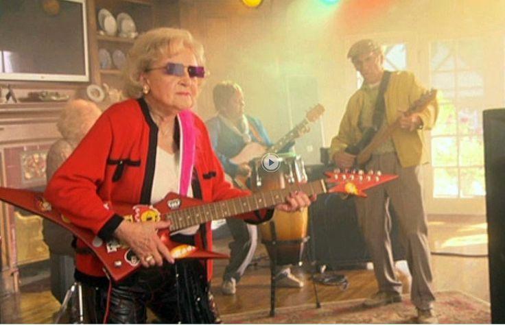January 17, 2017 | Happy 95th Birthday, Betty White!