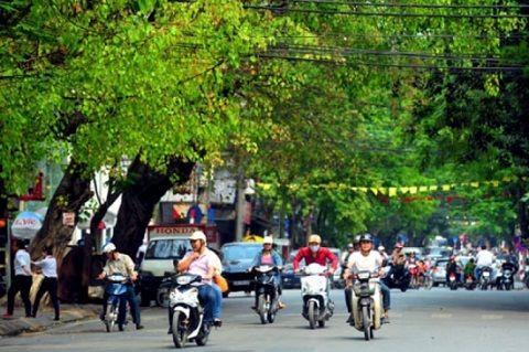 Dự báo thời tiết ngày 6/8: Cả nước trời mát, trên biển có mưa dông  http://baotinnhanh.vn/du-bao-thoi-tiet-ngay-6-8-ca-nuoc-troi-mat-tren-bien-co-mua-dong-407324.htm