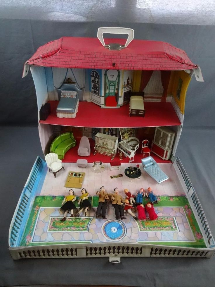 Vtg Ideal Toys Petite Princess Doll House w/ Family & Furniture + Accessories | eBay