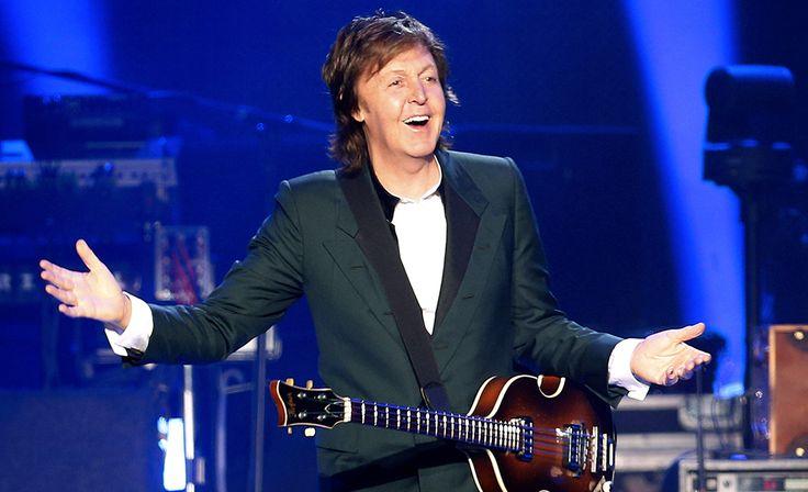 TOP 10 RIKKAIMMAT MUUSIKOT LISTA 21.4.2016 Sir Paul McCartney on Britannian rikkain muusikko, tuloja kertyy sekä vanhoista Beatles-lauluista että uusista levyistä.