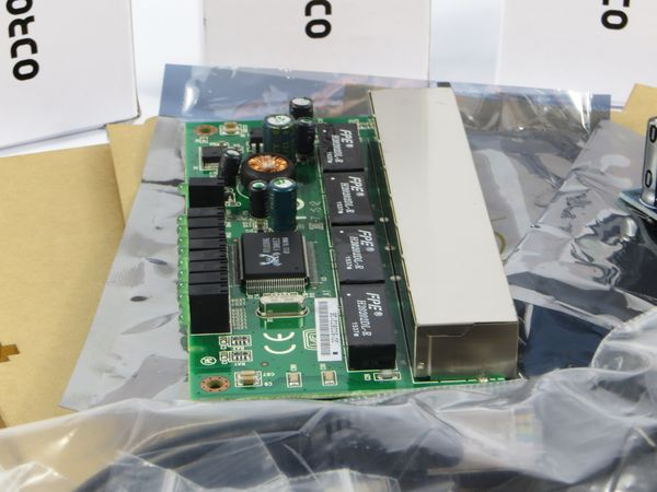 The Pico 5 Advanced Kit gives you everything you need to put together your own 5 node PicoCluster Computer Cluster Cube. For those that are looking for the experience of building your own cluster, but having everything you need to make it work, this is the kit for you. You can use this cluster to run almost any kind of distributed or parallel software. Run your own LAMP cluster, Docker, Kubernetes, Hadoop, ElasticSearch, Cassandra and many others. Also learn languages like Javascript, Java…