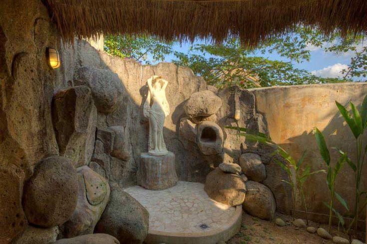 Ensuite open air #bathroom. Real #tropical atmosphere.