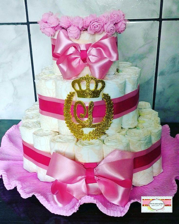Aligamos e vendemos bolo de fraldas para deixar seu cha de bebe lindo, entre em contato para consultar diaponibilidade, tempo de produção, frete.  Aluguel 80,00  Venda 150,00