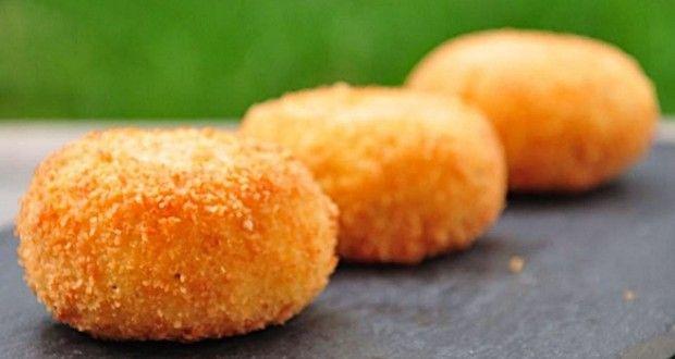 Crocchette di Patate con Ricotta : avete corso tutto il giorno e adesso che sta per arrivare l'ora d...