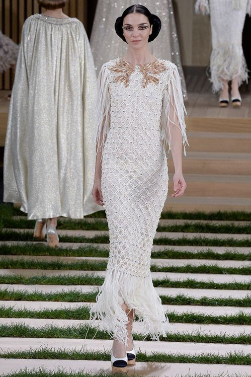 Model stars at Chanel | Vogue Paris