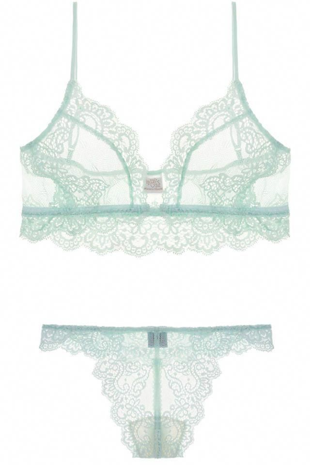 1d878b481f9bd Every lady understands the trouble included in finding the right bra.  Questions like What cup Size are you now  What style do you require