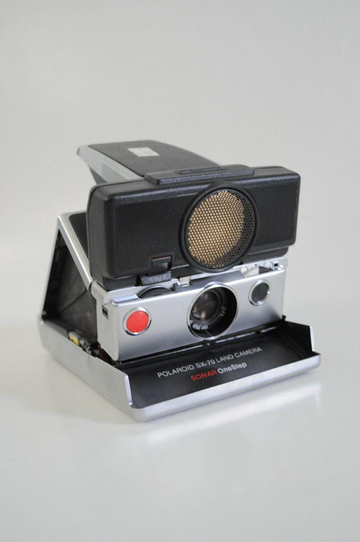 Polaroid SX-70 Sonar Fold Up Land Camera with Flash Unit
